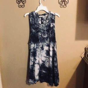 Navy blue and white marbles dress .